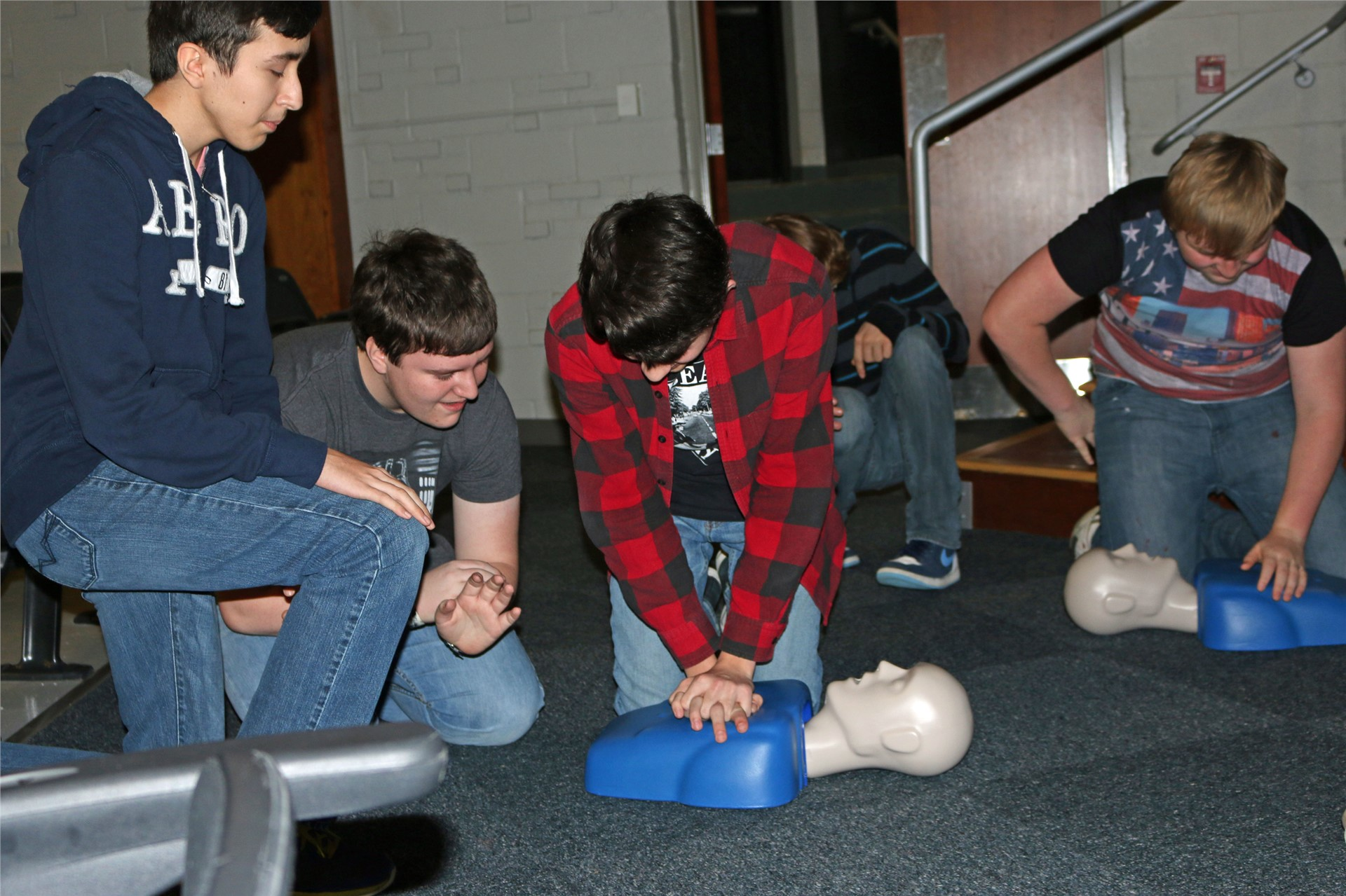 Freshman learn how to save a life at ACSH.