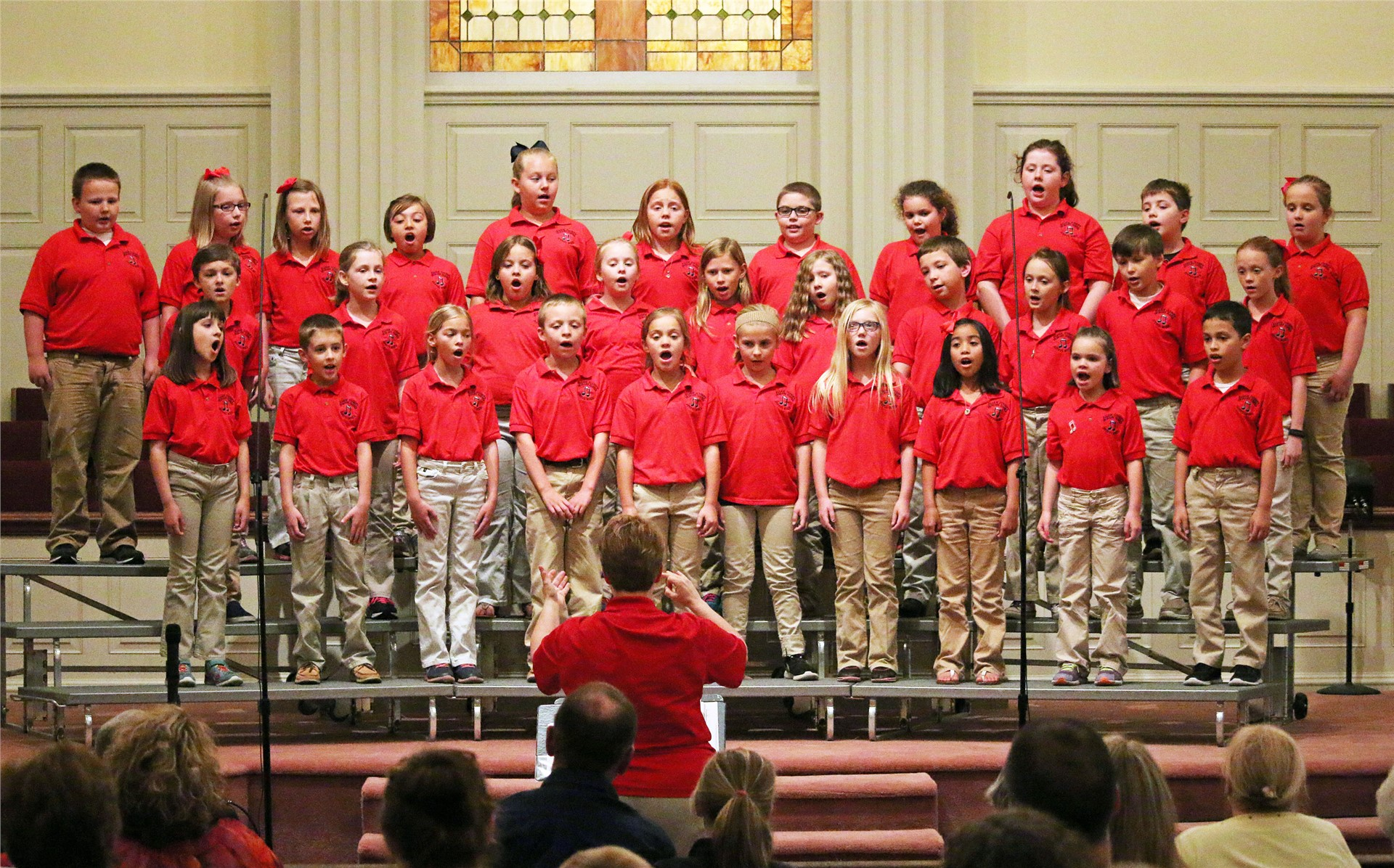 Joyful Noise choir sings at Dogwood Lighting Festival.